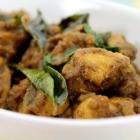 Dry Pepper Chicken Fry / Kozhi Milagu Varuval