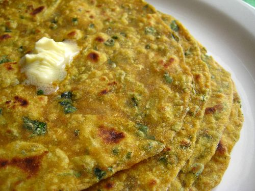 Fenugreek Leaves Chapati / Vendhaya Keerai Chapati ( Methi leaves)