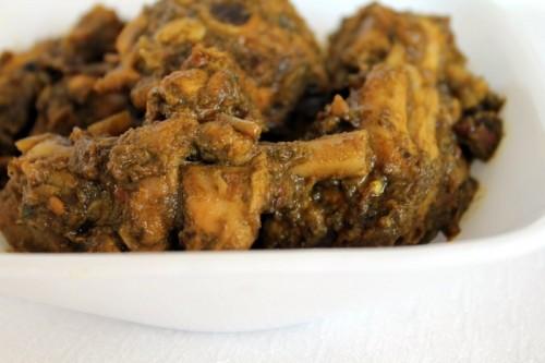 Mint Coriander Chicken Gravy / Pudhina kothamali Chicken