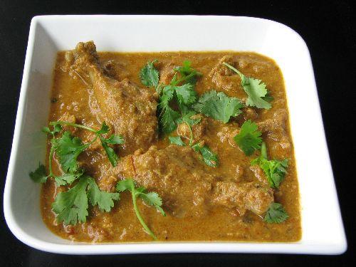 Nattu Kozhi Kulambu / Chicken Gravy