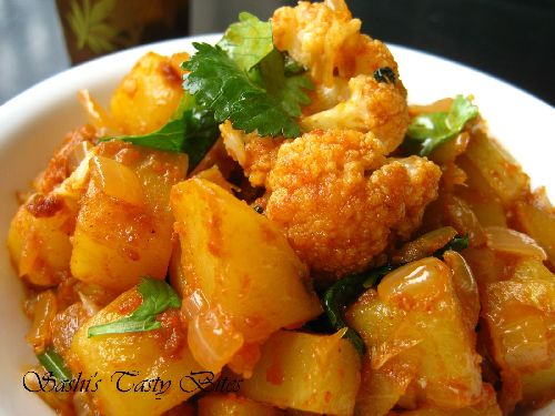 Dry Aloo Gobi Fry / Potato Cauliflower Fry