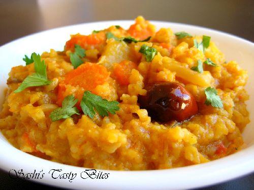 Ghee Yellow Lentil Rice / Nei Paruppu Sadam