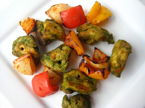 Hariyali Chicken Kebab /  Green Chicken Kabab